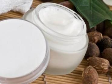 Cosmetici naturali per aver cura della propria pelle