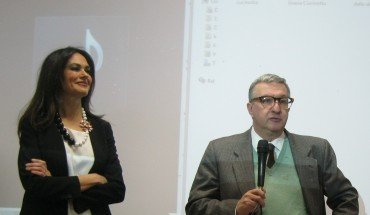 Francesco Guadagnuolo presenta Maria Grazia Cucinotta