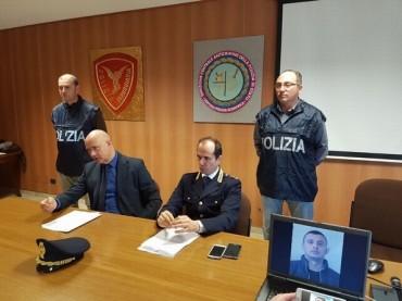 Detenevano 800 kg di marijuana e armi. A Vieste arrestati tre albanesi [VIDEO]