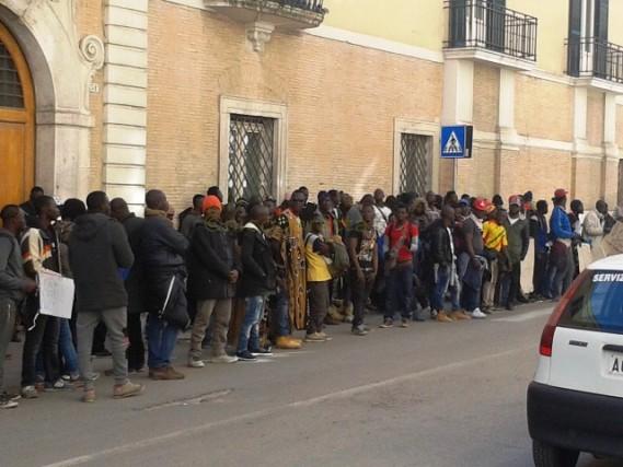 migranti_ghettoRignano_PrefetturaFG2017-03-02_004