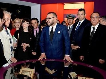 """Marocco – Francia: Mohammed VI si congratula con Macron per la sua elezione a presidente e visita """"Tesori dell'Islam in Africa"""""""