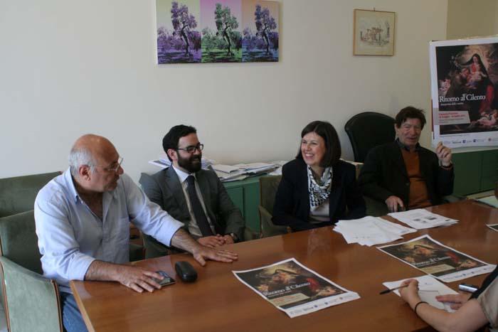 la soprintendente Francesca CASULE con Abbate, Ricco e Faiella durante la conferenza stampa