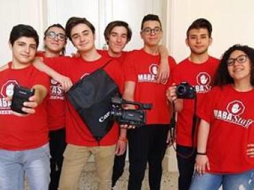Bullismo e immagini: Canon supporta i ragazzi di Mabasta