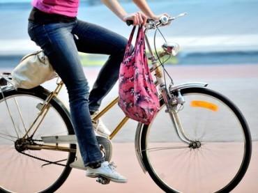 Andare a lavoro in bicicletta allunga la vita