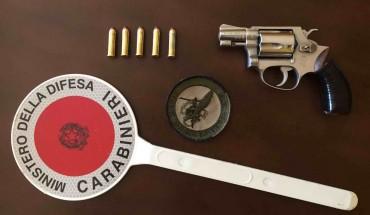 [Pistola trovata da Cacciatori Sardegna - foto CC Foggia]