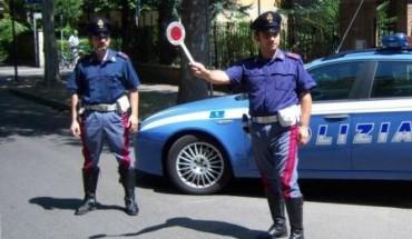Polizia posto di blocco - foto Questura di Foggia -