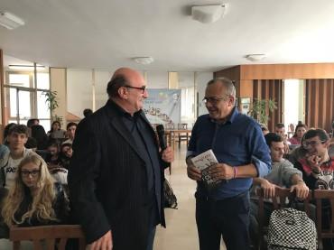 Alassio: Giovanni Impastato racconta agli alunni dell' Alberghiero di Alassio la sfida all'antistato