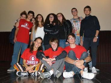 La forza degli adolescenti: regista e protagonisti piemontesi incontrano  i pugliesi di Mabasta
