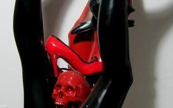 F. Guadagnuolo - Femminicidio, rosso, bianco, nero