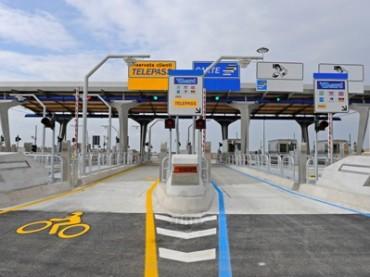 Autostrade più care, arrivano nuovi aumenti nel 2018: automobilisti e camionisti dovranno sborsare più soldi
