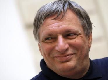 Don Luigi Ciotti a Foggia incontra gli studenti del Liceo Volta