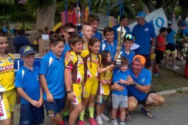 Ciclismo a Sanremo Rolando e l' Arma protagonisti
