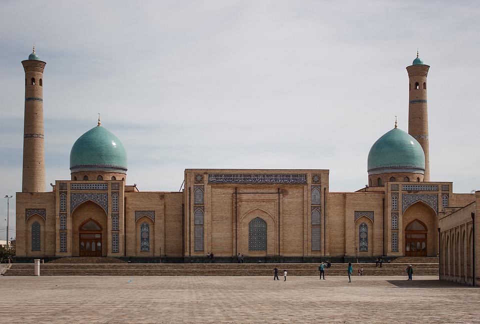 Un viaggio attraverso la storia: alla scoperta del fascino misterioso delle terre uzbeke