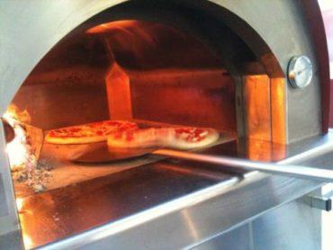 A San Lorenzo in Campo torna 'Pizza in Piazza': Nazionale Acrobati Pizzaioli, artisti di strada, 'gemellaggio' con Pesaro