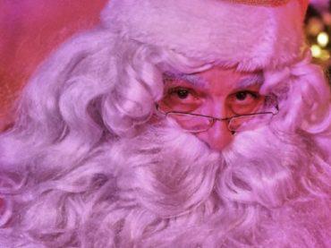 Scoprire la vera storia di Babbo Natale con la Casa di Babbo Natale a Govone