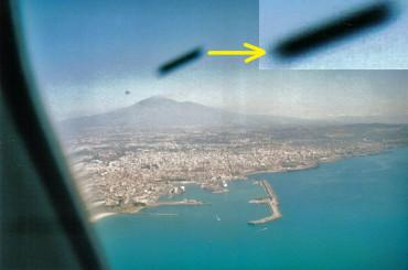 Catania: fotografato da un areo un Ufo a forma di sigaro