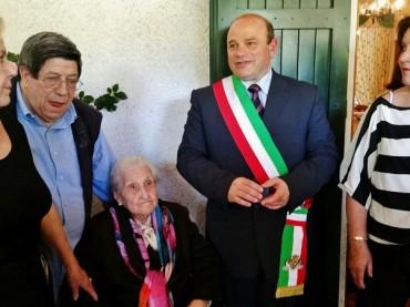 La signora Paola Marongiu compie 100 anni