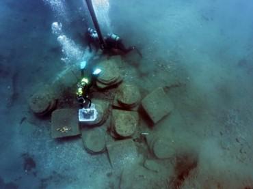 Attrezzatura e tecniche di scavo archeologico subacqueo temi del corso di SiciliAntica