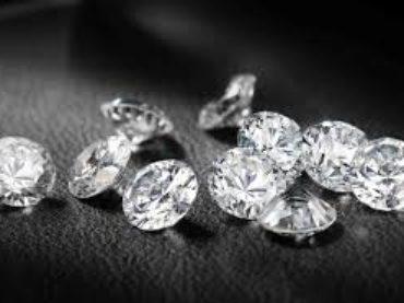 Diamanti, quali sono le regole per venderli e acquistarli