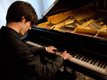 Musica, a Mesaglio il concorso pianistico di Albenga