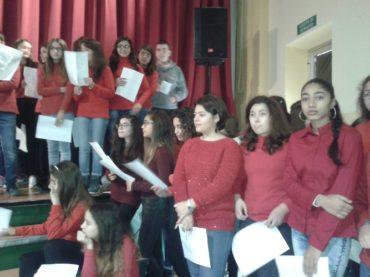 CROSIA. Un successo il musical dell'Istituto comprensivo