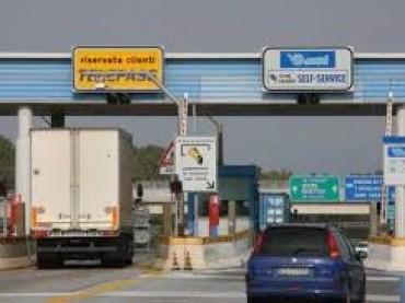 Pedaggi autostradali, arrivano nuovi aumenti nel 2017