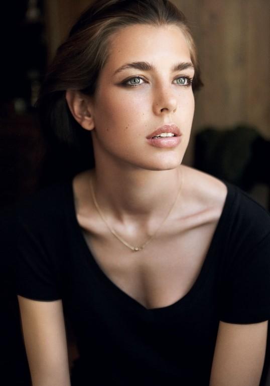 charlotte-casiraghi-gucci-beauty
