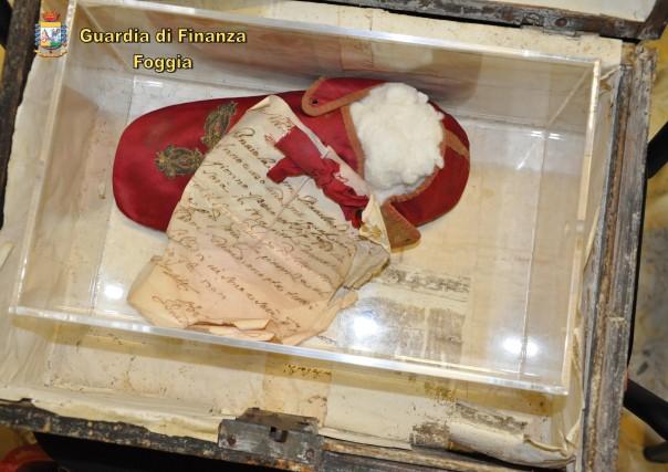 [La presunta reliquia appartenuta al beato Papa Innocenzo XI (1611-1689) - foto GdF-]
