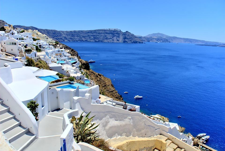 Vacanze 2019? In Grecia: Santorini ph Pixabay