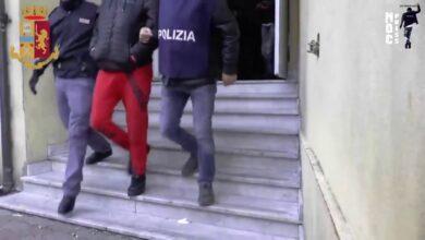 """Operazione """"Pintadera"""" [VIDEO]. Grosso traffico di droga a Cagliari. Agenti sotto copertura smantellano la gang. In manette 32 persone"""