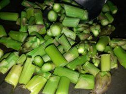 Gli spaghetti agli asparagi, vegetariani e facilissimi