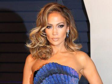Jennifer Lopez compie 50 anni